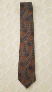 A Giorgio Armani 100 % Silk Tie