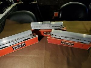 Lionel Post War O Gauge Set Of Aluminum Pass Cars #2531/32/33 In VGC Org Box