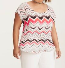 NEW TORRID Abstract Chevron Button Back Top Blouse Size 3 / 3x 22w 24w $38.90