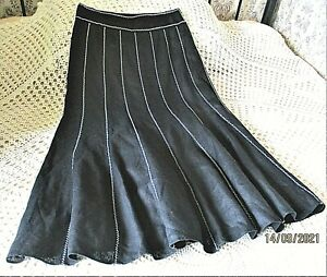 Linen skirt by JAEGER Size 10 Black with embroidered white zig zag