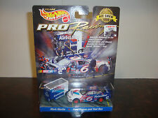 Mark Martin---Hot Wheels---Pro Racing---1:64 Scale Diecast---With Tool Box--1998