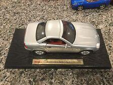 Maisto 1:18 1996 Mercedes Benz SLK 230