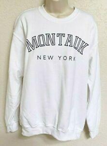 Gildan Graphic Sweatshirt Pullover Medium Crew Montauk New York White Black