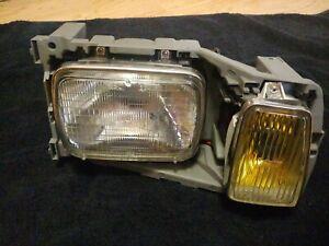 Mercedes Headlight Right NOS 126 300SD 500SEL 300SE 300SEL 280SE 380SEL 280SEL