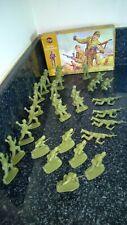 Vintage Airfix Military Series British Commandos 1:32 Scale 29 pieces box 1970's