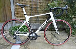 Giant TCR Advanced Ultegra Carbon Fibre Road Bike Size: ML Propel Specialized