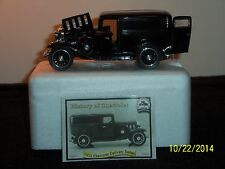 NMMM: History Of Chevrolet, 1932 Delivery Sedan, 1941 Deluxe Convertible 1/32
