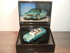 Mercedes F200 1996 - Spark 1:43 in Box *36977