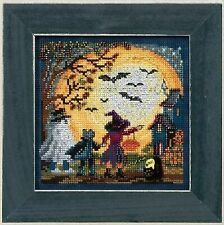 Moonlit Treaters Cross Stitch Kit Mill Hill 2017 Buttons & Beads Autumn MH141724