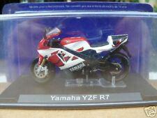 MOTO YAMAHA YZF R7