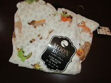 halloween blanket throw 50x70 nwt puppy dogs trick or treat cute