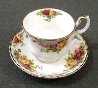 Royal Albert 1962 Bone China Old Country Roses Footed Tea Cup & Saucer EUC