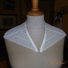 ANCIEN COL EN DENTELLE / OLD LACE  COLLAR