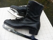 Vintage black ice skates by SILVER BLADES size 9.5