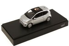 VW UP! HIGH UP! 1.0L 3 DOOR 2012 REFLEX SILVER 1:43 SCHUCO (DEALER MODEL)