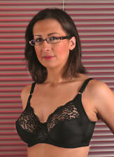 Berdita Non stretch lace bra in Black size 42E NEW