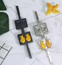 Doll House Accessories 1:12th Miniature - 1 x Mini Jaffle Maker with 2 Taiyaki's