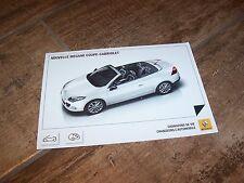 Carte postale officielle / Postcard RENAULT Megane Coupé-Cabriolet  //