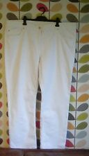 "Ladies white stretch denim jeans size 56. 4XL. Waist 50"". New with tags  By C&A"