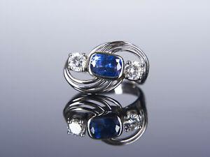 Schöner tief blauer 2 Karat Saphir mit Brillanten Designer Ring – Weiß Gold 750