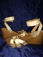 NEW LADIES WEDGE SANDALS, PREMIUM LEATHER STRAPS WITH BUCKLE, VERY LIGHT PURPLE