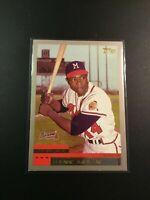 2000 Topps # 44 HANK AARON Atlanta Braves Short Print $$ Sweet LOOK $$ !!