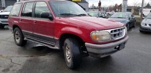 1995 Ford Explorer 4dr 112 WB XLT 4WD