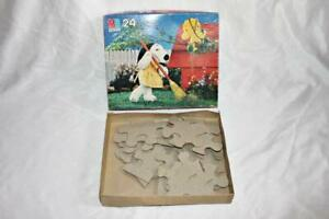Milton Bradley Puzzle Snoopy 24 Piece Jigsaw 4671-1 Ages 3 to 7