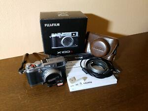 Fujifilm FinePix X Series X100S 16.3MP Digital Camera - Silver