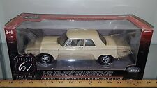 1/18 HIGHWAY 61 COLLECTIBLES 1964 DODGE 330 426 HEMI LIGHT YELLOW yd