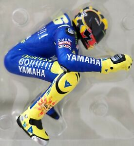 Minichamps Valentino Rossi Riding Figure 2005