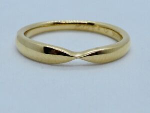 TIFFANY TWISTED BAND RING IN 18K YELLOW GOLD SIZE J1/2