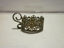 ANTIQUE BRONZE ENGLISH STYLE MINIATURE CUP HOLDER