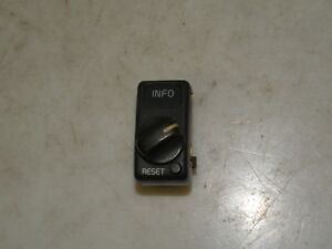VOLVO V70 2000 2.5 TDI LHD INFO RESET SWITCH KNOB OEM 9162959