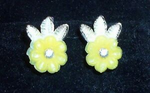 Collectable ~ Estate Faux Jewel Yellow Flower Screw On Earrings ~ Vintage