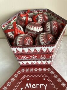 14 Christmas Workshop Xmas Nordic Decoupage Tree Decorations Baubles Red White