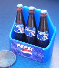 1:12 SCALA 3 Bottiglie di Pepsi in una custodia in Miniatura Casa Delle Bambole Accessorio Pub-Bar