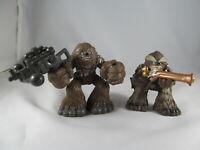 Galactic Heroes 2 figures Wookiee lot Tarfful 2001 Chewbacca bowcaster Star Wars