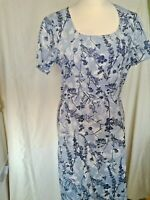 Adini 100% cotton fully lined semi fitted dress short sleeve scoop neck side zip