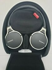 Sony Mdr10Rnc Noise Canceling Headphone Over Ear with Case and Accessories