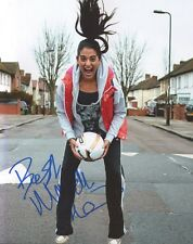 """NATALIE DEW AUTOGRAPH SIGNED 10""""X8"""" PHOTO ( BEND IT LIKE BECKHAM THE MUSICAL)"""