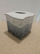 New  Croscill Ceramic Tissue Box Holder Blue Floral