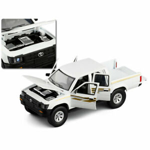 1:32 Model Car Toyota Hilux Pickup Truck Diecast Gift Toy Vehicle Kid Gift White