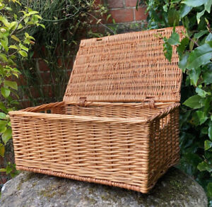 Vintage Genuine Wicker Hamper Basket Toy Box Twin Handle - Beautiful & VGC!