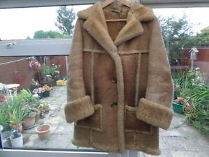 Ladies Genuine Vintage NURSEY'S Of Bungay Beige Sheepskin Coat Size 16