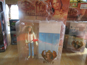 Diamond Select Buffy The Vampire Slayer CHOSEN BUFFY Action Figure 2006