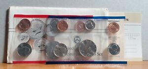 1988 USA United States of America 10 Coin Uncirculated Sealed Set D & P Mintmark
