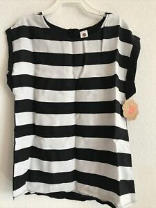 Total Girl's  Black/White Sleeveless Shirt - Size L/10-12 Ret$28(5hmbx-26A-5)