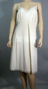 Vtg 60s~Van Raalte~Plus Sz 46 Silky Slippery Antron II Nylon Full Dress Slip