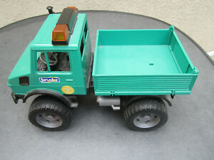 Bruder MB Unimog grün alte Serie Rarität selten